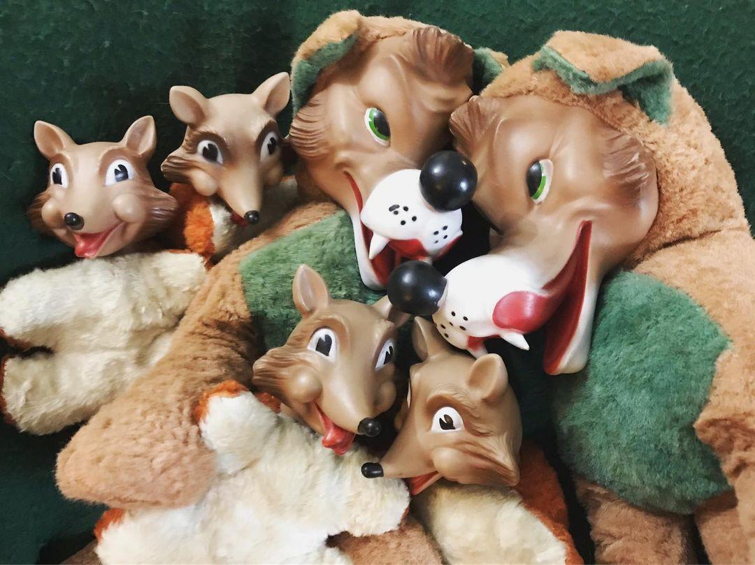 Wolf plush family